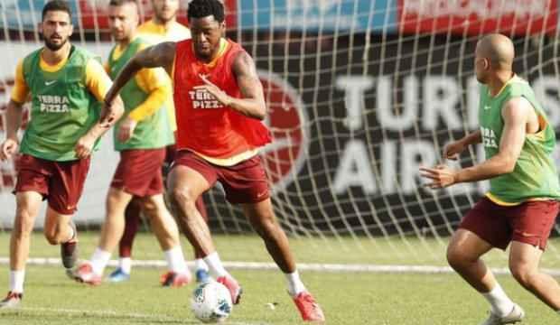 Galatasaray çift antrenmanla devam etti