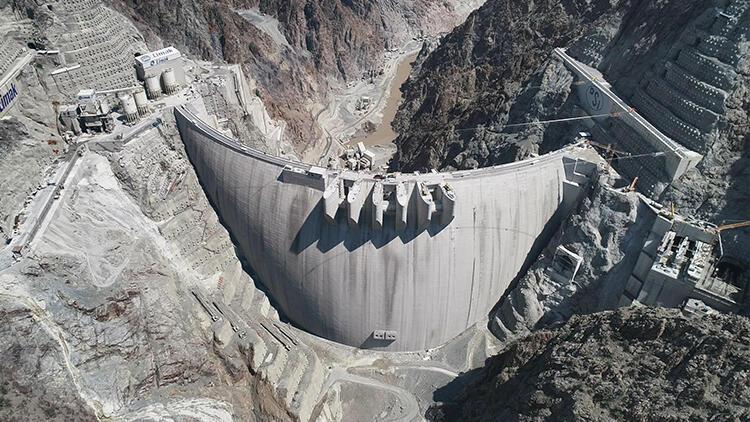 Yusufeli Barajı'nın inşaatı tamamlandı